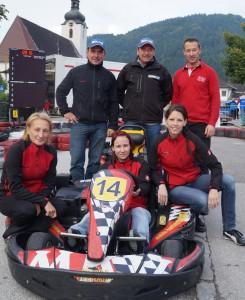 Damenteam Bachner Racing mit den Veranstaltern
