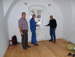 Installationsarbeiten durch Fa. Schwaighofer  - herzlichen Dank an Hans Mayr für die Koordination der Arbeiten