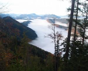 Endlich über der Nebelgrenze - Blick ins Ybbstal