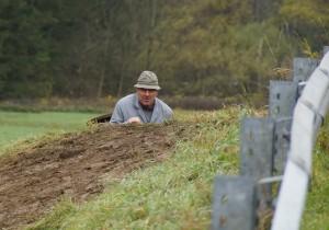 Wassermeister Fritz verschwindet in der Unterwelt