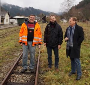 Wolfgang Pfoser und Markus Schreilechner am Lunzer Bahnhof - danke für die gute Zusammenarbeit
