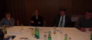 Operativer Ausschuss tagt - links im Bild unsere Projektleiterin Liliane Dagostin - danke für die gute Zusammenarbeit