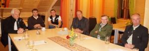 Diskussionsrunde in der Schluchtenhütte in Opponitz.