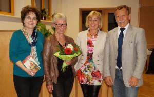 Danke unserer bibliotheksleiterin, ihrem Team und Fam. dinstl für die Organisation des literarischen Abends.