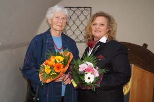 Liebe Gudrun, liebe Monika, herzlichen Dank für eure hervorragende Arbeit!
