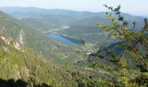 Blick vom Weißen Mäuerl auf den See