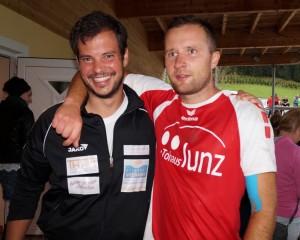 Die Freude steht unserem Sektionsleiter Alex Halbertschlager ins Gesicht geschrieben. Gratuliere unserem Torschützen Damian!