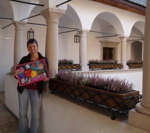Hermi bereitet bereits Einiges für eine Ausstellung zum Lunzer Advent in den Arkaden des Amonhauses vor. Liebe Hermi, danke für deine  Arbeit!
