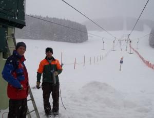 Hannes und Harry bei den Vorbereitungsarbeiten