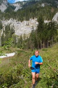 Das Flusstal wird breiter