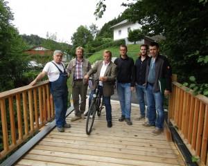 Freie Fahrt über die Waldbahnbrücke